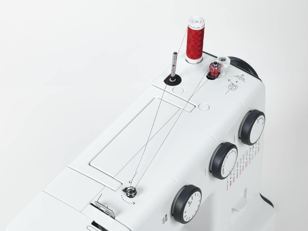 šicí stroj Bernette 35-5