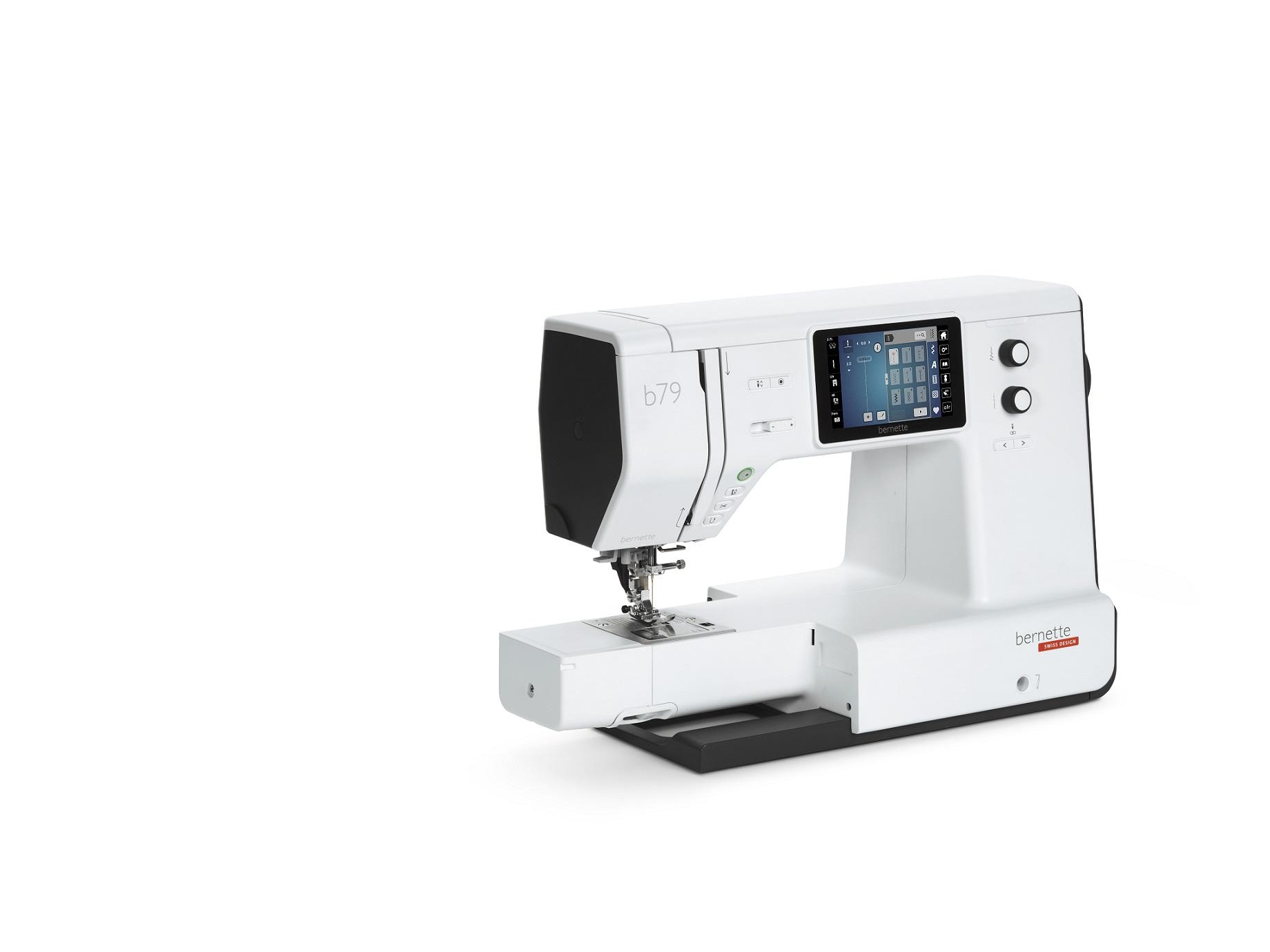 šicí a vyšívací stroj Bernette 79-4
