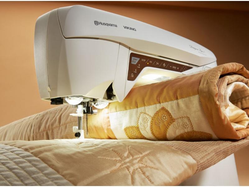 šicí a vyšívací stroj Husqvarna Designer Topaz 40-5