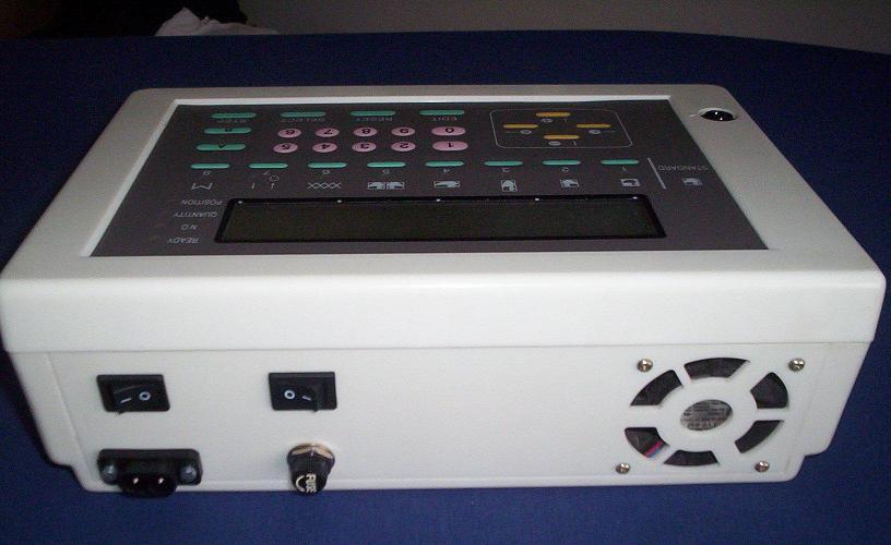 dvojlůžkový pletací stroj Novaknit-S DBZ-245-1 + DBL-245-3  s převěšovacími saněmi.-3