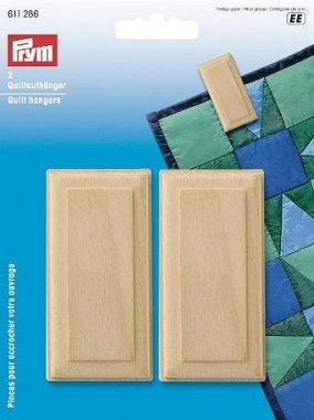 Dřevěný závěs pro quilt