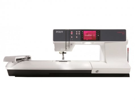 šicí a vyšívací stroj Pfaff Creative 3.0
